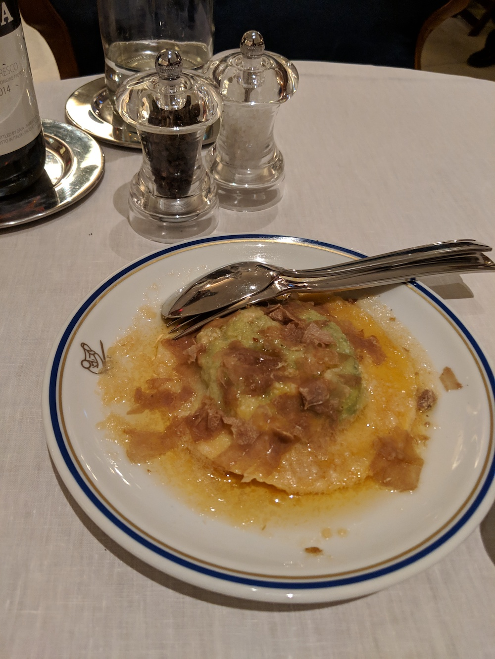 Uovo in Raviolo with White Truffle